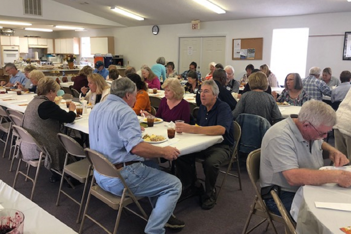 A Large Crowd Enjoyed Thanksgiving Dinner at SGIUMC